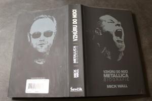 náhled knihy - Vzhůru do noci : Metallica : biografie