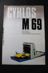 náhled knihy - Cyklos M 69, Die Hand-Durchdruck-Vervielfältigungsmaschine