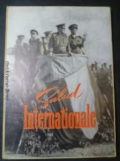 náhled knihy -  Salud Internationale. Bildmappe zum XX. Jahrestag der Internationalen Brigaden.