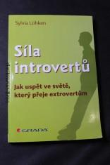náhled knihy - Síla introvertů : jak uspět ve světě, který přeje extrovertům
