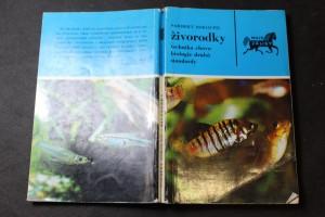 náhled knihy - Živorodky : technika chovu, biologie druhů, standardy