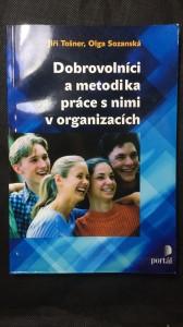 náhled knihy - Dobrovolníci a metodika práce s nimi v organizacích