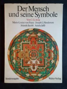 náhled knihy - Der Mensch und seine Symbole