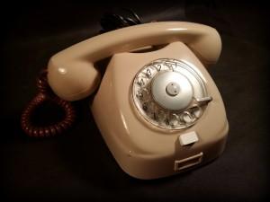 náhled knihy - telefonní přístroj vytáčecí TESLA 3FP 12043 (Tesla - 1967)