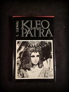 náhled knihy - Kleopatra