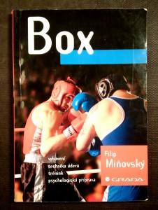 náhled knihy - Box: vybavení, technika úderu, trénink, psychologická příprava