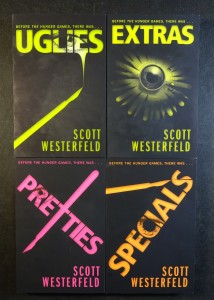 náhled knihy - 4x Scott Westerfeld - Specials, Prettes, Uglies, Extras