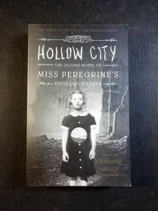náhled knihy - Hollow City - The Second Novel of Miss Peregrine´s Peculiar Children