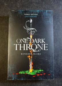 náhled knihy - One Dark Throne