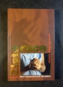 náhled knihy - Zlaté ruce : příběh Bena Carsona