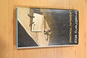náhled knihy - Prostřený stůl