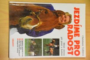 náhled knihy - Jezdíme pro radost : méně stresu při práci s koňmi