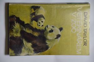 náhled knihy - Veterinářem v ZOO