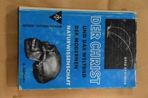 náhled knihy - Der Christ und das Weltbild der modernen Naturwissenschaft