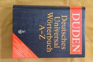 náhled knihy - Duden Deutsches Universalwörterbuch