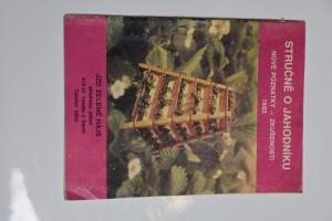 náhled knihy - Stručně o jahodníku