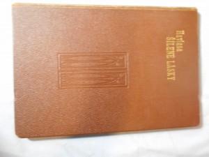 náhled knihy - Šílené lásky : Jihomořská romanetta