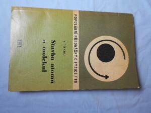 náhled knihy - Stavba atomů a molekul