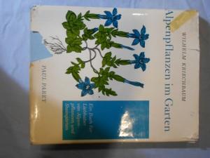 náhled knihy - Alpenpflanzen im Garten