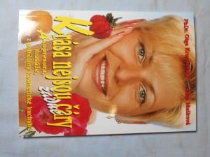 náhled knihy - Krása nejsou žádné čáry : akupresura, masáže, recepty z babiččiny kosmetické kuchyně