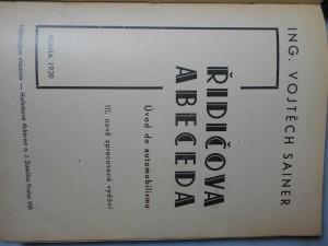 náhled knihy - Řidičova abeceda : úvod do automobilismu