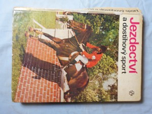 náhled knihy - Jezdectví a dostihový sport