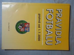 náhled knihy - Pravidla fotbalu : Platná od 1. 7. 2000
