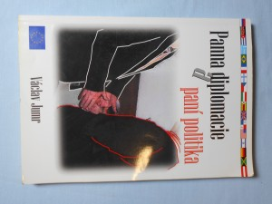 náhled knihy - Panna diplomacie a paní politika