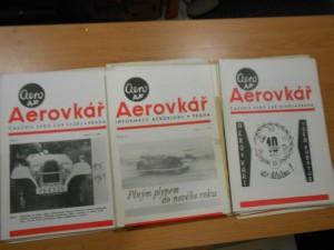 náhled knihy - Aerovkář : Informace Aeroklubu, roč. 3, č. 1 -10, roč. 4. č. 1. - 12., roč. 4. č. 1. - 12., roč. 5 č. 1. -12., roč. 6. č. 1.- 3., Zpravodaje klubu 1971 1. -4., Výroční desáté číslo a číslo k novému roku 1971