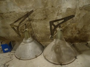 náhled knihy - lampy z nočního klubu - československo