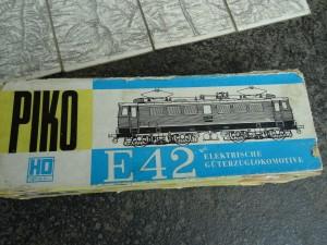 náhled knihy - lokomotiva TT