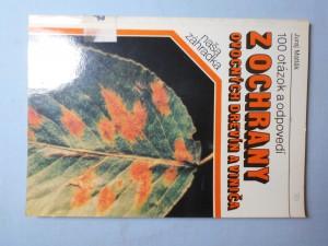 náhled knihy - 100 otázok a odpovedí z ochrany ovocných drevín a viniča