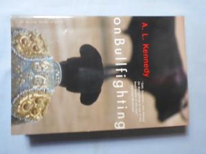 náhled knihy - On bullfighting