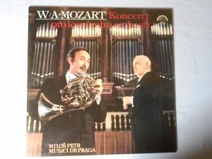 náhled knihy - W. A. Mozart - Koncerty pro lesní roh a orchestr