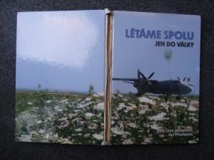 náhled knihy - Létáme spolu jen do války