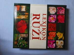 náhled knihy - Lexikon růží : odrůdy, původ, použití, ošetřování