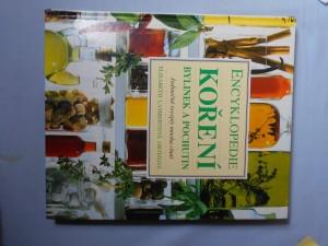 náhled knihy - Encyklopedie koření, bylinek a pochutin