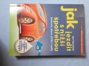 náhled knihy - Jak jezdit s nižší spotřebou benzínu, plynu (LPG) i nafty