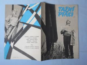 náhled knihy - Reklamní leták k filmu Tažní ptáci