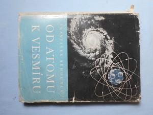 náhled knihy - Od atomu k vesmíru