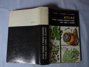 náhled knihy - Atlas chorob a škůdců ovocných plodin, révy vinné a zeleniny
