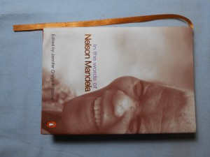 náhled knihy - In the words of Nelson Mandela; A little pocketbook