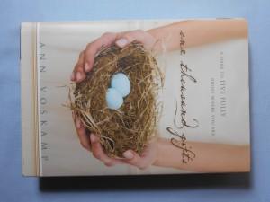 náhled knihy - Tisíc darů : výzva žít naplno tam, kde právě jsi