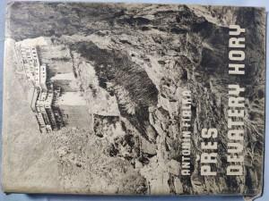 náhled knihy - Přes devatery hory : pěšky Balkánem do Orientu