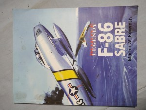 náhled knihy - F-86 Sabre