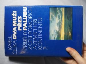náhled knihy - Dva muži přes palubu : příběhy z cest po mořích a zemích tří kontinentů
