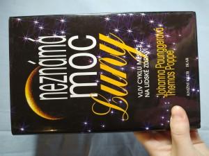 náhled knihy - Neznámá moc Luny: vliv cyklů Měsíce na lidské zdraví