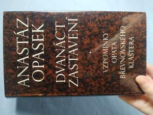 náhled knihy - Dvanáct zastavení : vzpomínky opata břevnovského kláštera