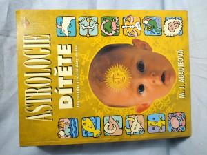 náhled knihy - Astrologie dítěte : jak rozvíjet vrozené dary dítěte