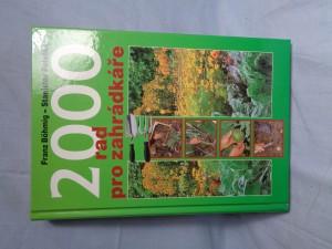 náhled knihy - 2000 rad pro zahrádkáře